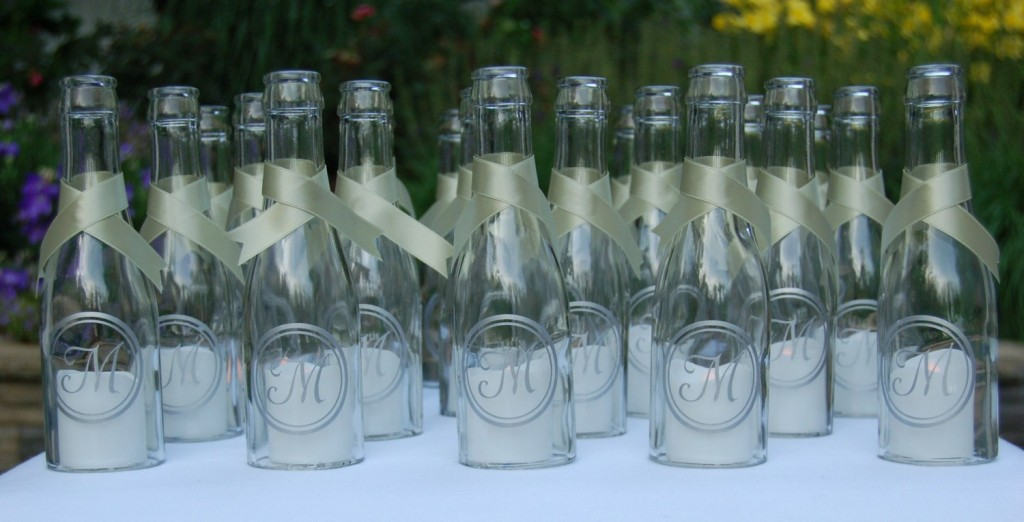 Idea decoracion boda botellas con vela