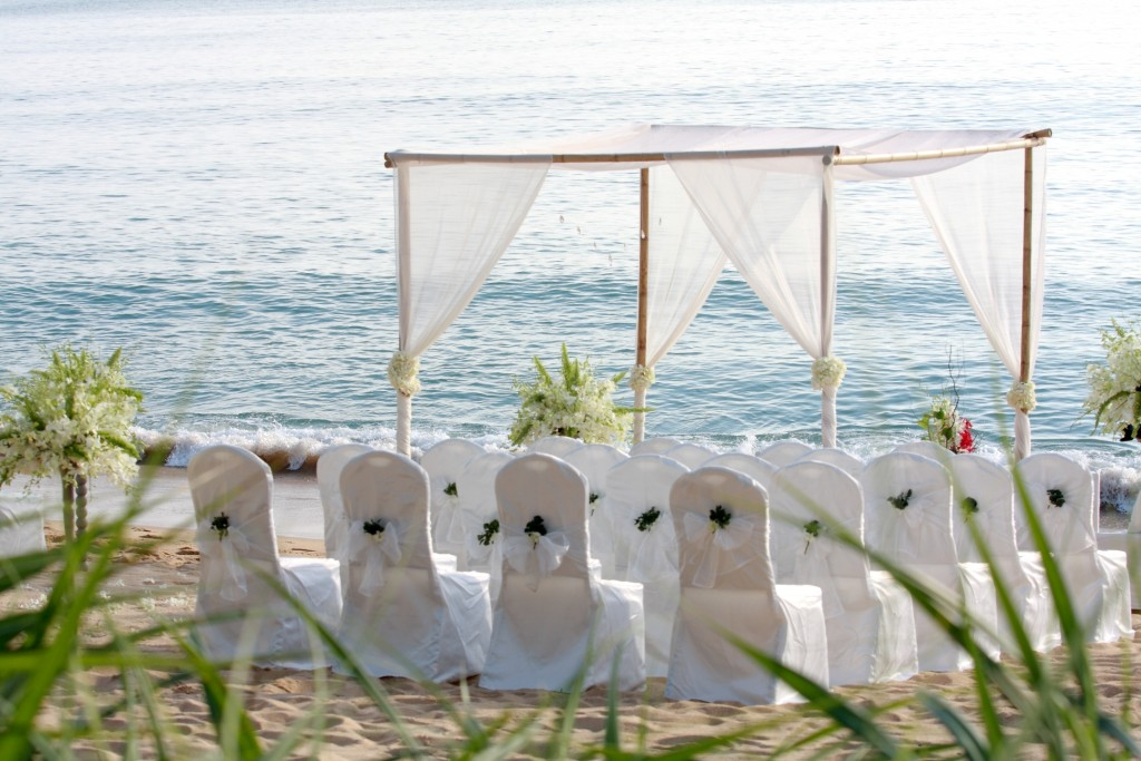 wedding-venues-white-beach-wedding-design-ideas-wonderful-beach-wedding-ideas-in-california-romantic-beach-wedding-ideas-for-your-the-best-day-of-your-life-beach-wedding-decoration-ideas