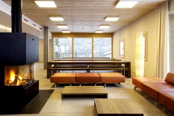 18-scuol-youth-hostel-scuol-suiza