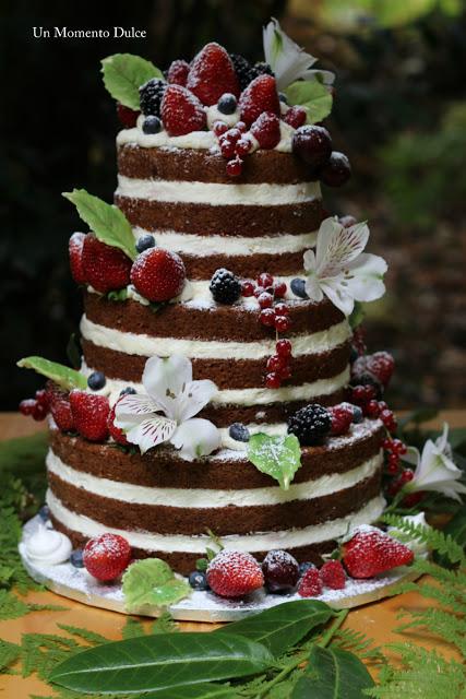 Naked Cake frutos rojos y flores (1)