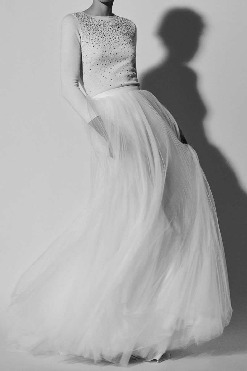 1646f360a Carolina Herrera Bridal 2018  Vestidos para una novia cosmopolita ...